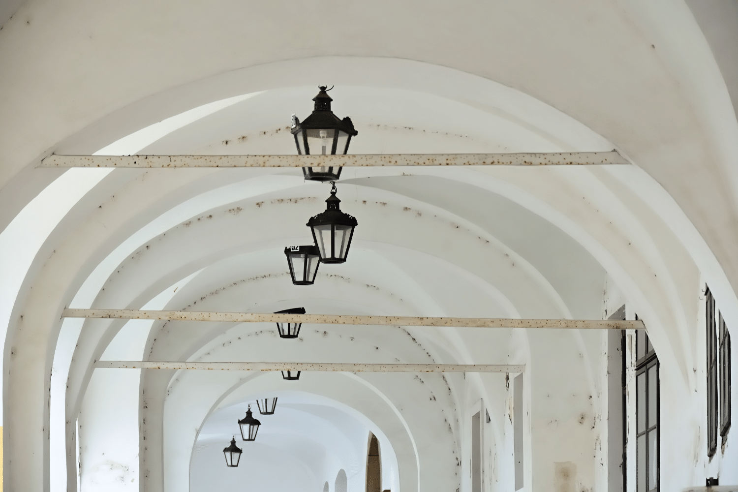 how to paint an archway