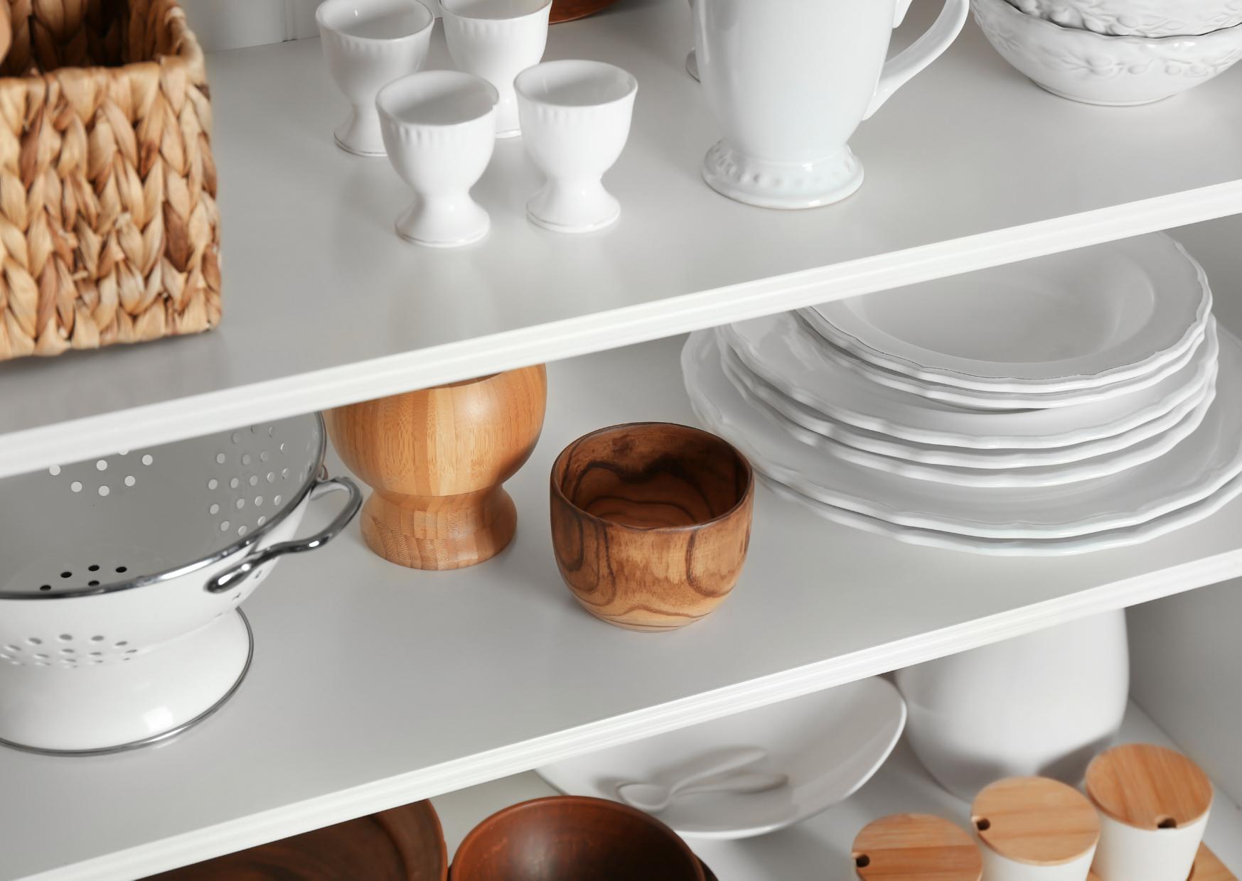 Floating-kitchen-shelves